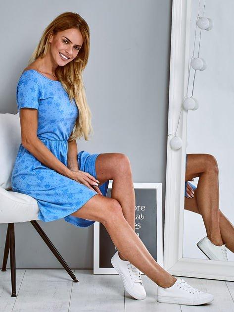 Sukienka dzienna z nadrukiem w kwiatki niebieska                                  zdj.                                  5