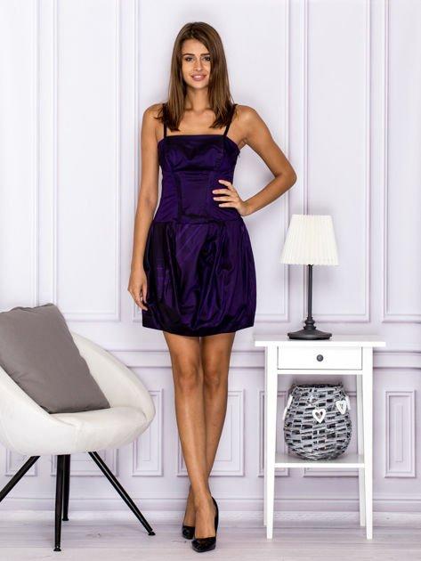Sukienka koktajlowa gorsetowa z plisami ciemnofioletowa                                  zdj.                                  4