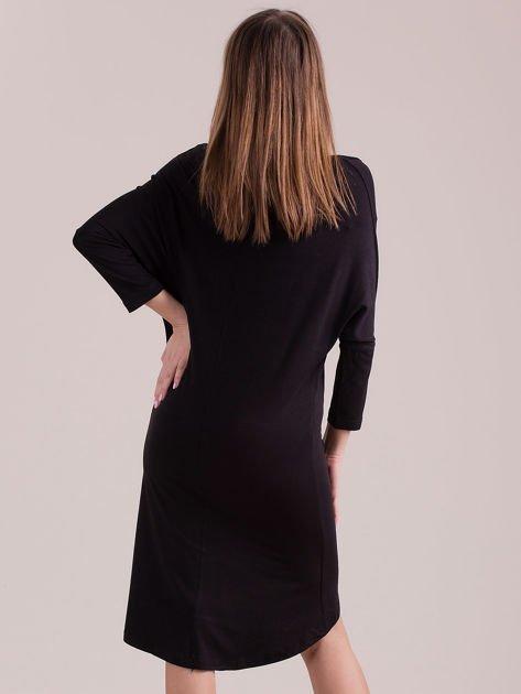 Sukienka oversize z obniżoną linią ramion czarna                              zdj.                              2