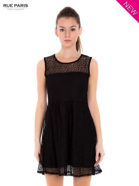 Sukienka pokryta misternie tkaną czarną koronką                                  zdj.                                  2