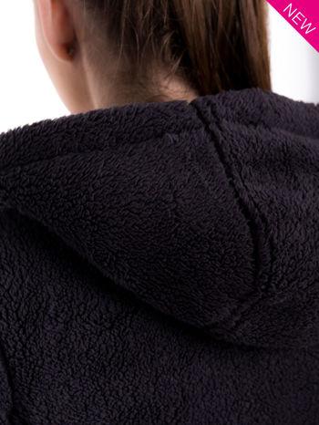 Szara bluza futerkowa z kapturem i rękawami z otworem na kciuk                                  zdj.                                  7