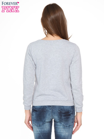 Szara bluza z nadrukiem NAJPIĘKNIEJSZA                                  zdj.                                  4