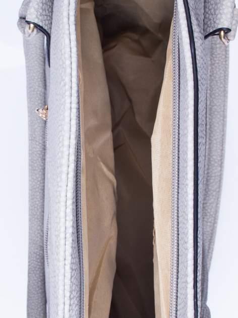 Szara fakturowana torba miejska z odpinanym paskiem                                  zdj.                                  4