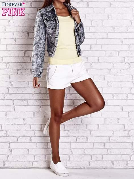 Szara jeansowa kurtka w tłoczone wzory                                  zdj.                                  9