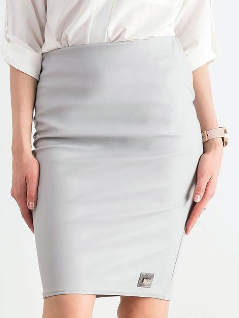 Szara ołówkowa spódnica ze skóry ekologicznej                              zdj.                              1
