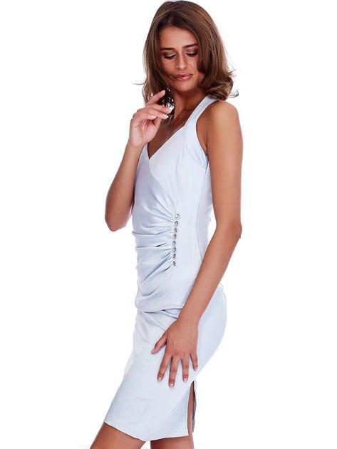 Szara satynowa sukienka z koronkową wstawką z tyłu                              zdj.                              3
