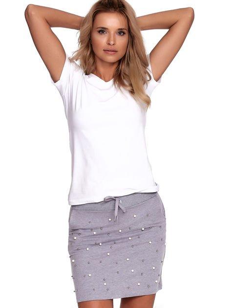 Szara spódnica dresowa z perełkami i kieszeniami                              zdj.                              5