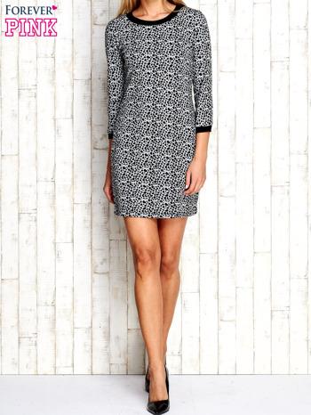 Szara sukienka z abstrakcyjnym nadrukiem                                  zdj.                                  5