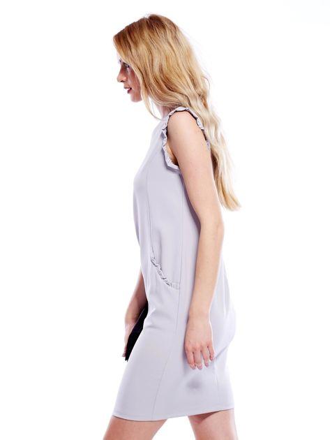 Szara sukienka z drobnymi falbankami                              zdj.                              5