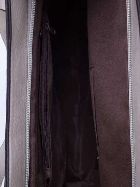 Szara torba na ramię ze złotym emblematem                                  zdj.                                  5