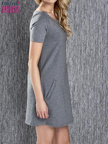 Szara trapezowa sukienka z kieszeniami                                  zdj.                                  3