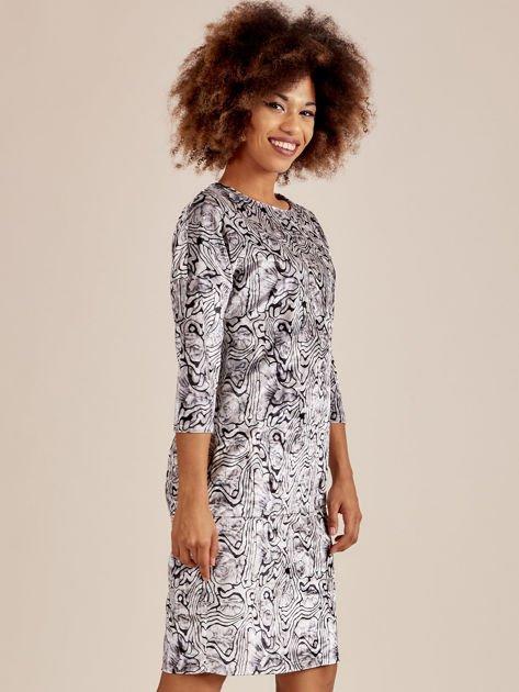 Szara welurowa sukienka w abstrakcyjne wzory                              zdj.                              2