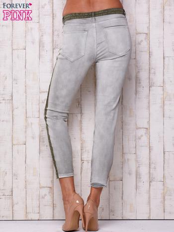 Szare jeansowe spodnie z efektem wytarcia PLUS SIZE                                  zdj.                                  3