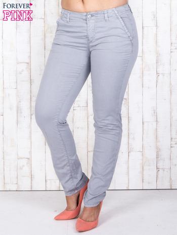 Szare materiałowe spodnie z przednimi kieszeniami PLUS SIZE                                  zdj.                                  1