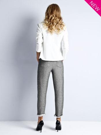 Szare melanżowe spodnie dresowe w stylu casual                                  zdj.                                  3