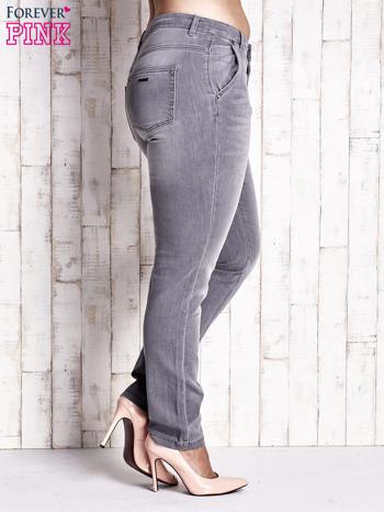 Szare spodnie ze srebrnymi napami PLUS SIZE                                  zdj.                                  3