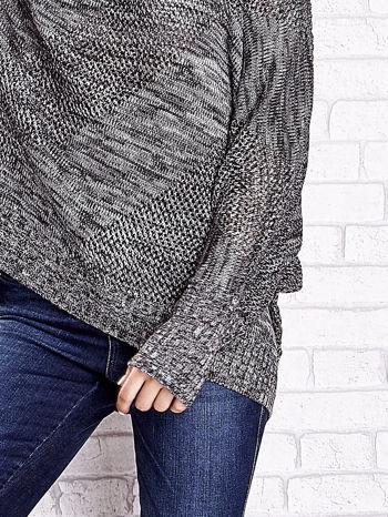 Szary melanżowy sweter oversize o kroju nietoperz                                  zdj.                                  6