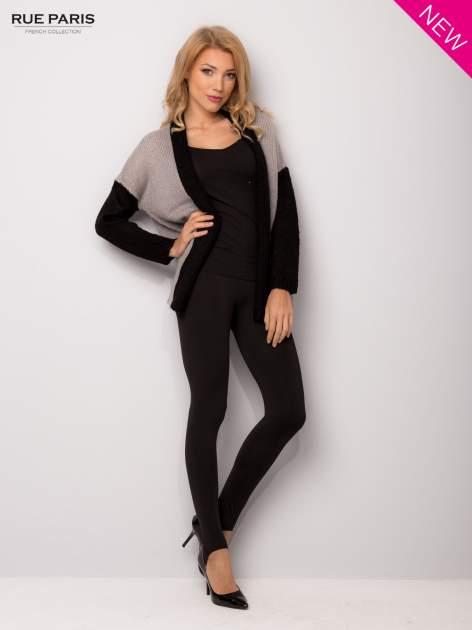 Szary sweter z kontrastowym pasem i rękawami                                  zdj.                                  3