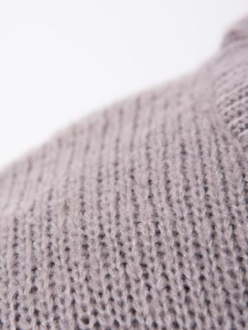 Szary sweter z sercem i napisem YOU                                  zdj.                                  8
