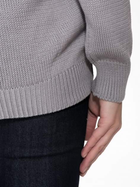Szary sweter z sercem obszytym frędzlami                                  zdj.                                  10