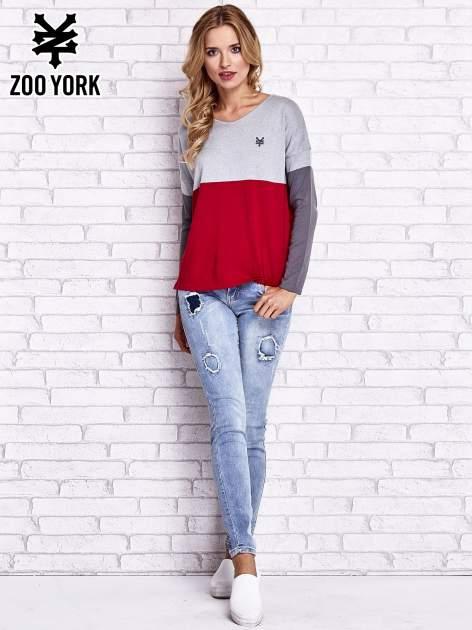 Szary sweter z trójkątnym dekoltem                                  zdj.                                  2