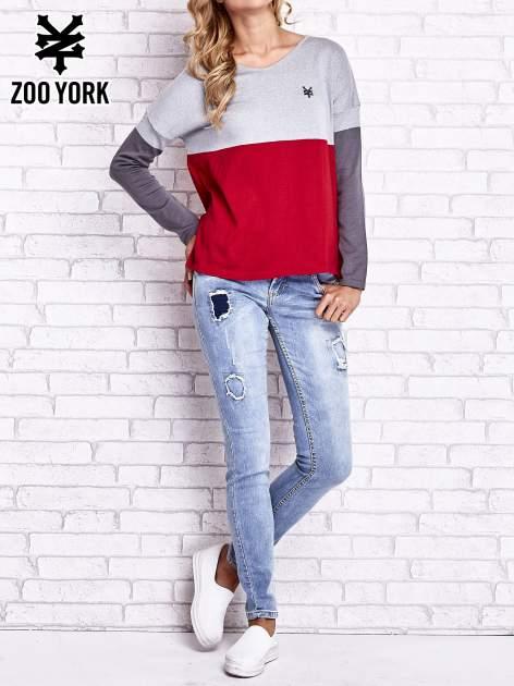 Szary sweter z trójkątnym dekoltem                                  zdj.                                  7