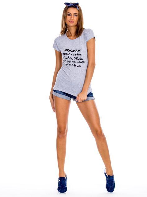 Szary t-shirt damski z napisem                              zdj.                              4