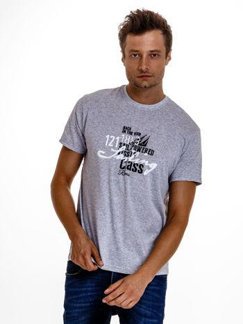 Szary t-shirt męski z marynarskim motywem i napisem SAILING                                  zdj.                                  2