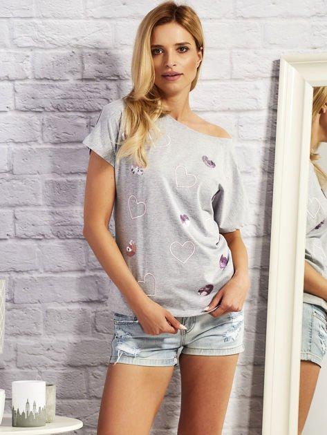 Szary t-shirt z cekinowymi sercami                              zdj.                              1