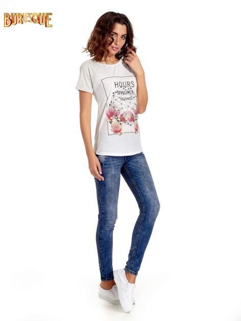 Szary t-shirt z napisem HOURS MINUTES SECONDS z dżetami                                  zdj.                                  7