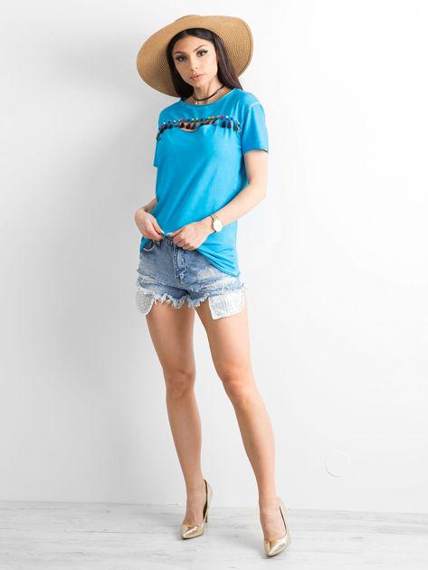 T-shirt damski z kolorowymi pomponikami niebieski                              zdj.                              4