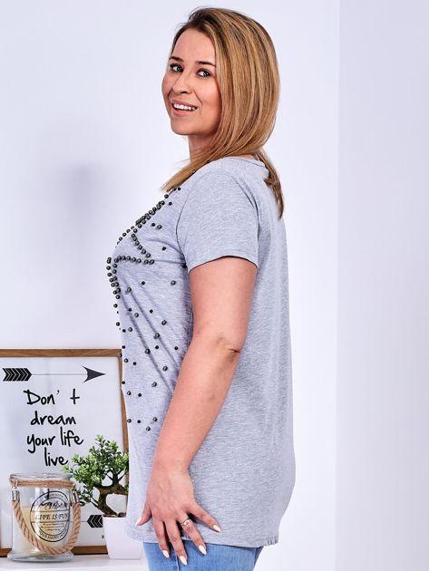 T-shirt jasnoszary z gwiazdą z perełek PLUS SIZE                              zdj.                              5