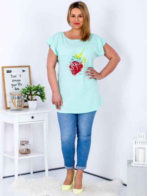 T-shirt miętowy z truskawką PLUS SIZE                                  zdj.                                  4