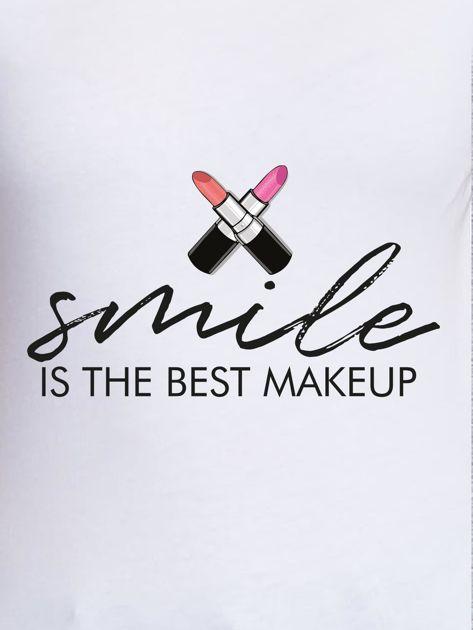 T-shirt z nadrukiem SMILE IS THE BEST MAKEUP biały                              zdj.                              2