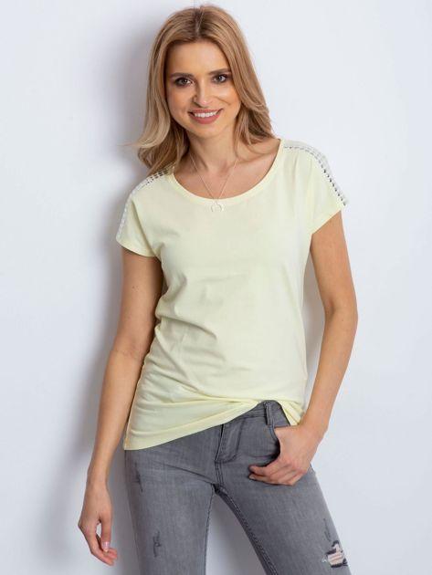 T-shirt żółty z aplikacją                              zdj.                              1