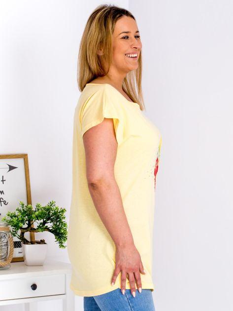 T-shirt żółty z truskawką PLUS SIZE                              zdj.                              5