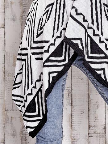 TOM TAILOR Biały asymetryczny sweter w graficzne wzory                                  zdj.                                  6