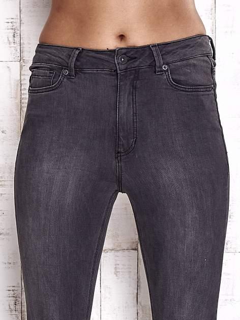 TOM TAILOR Ciemnoszare spodnie jeansowe z rozcięciami na kolanach                                  zdj.                                  4