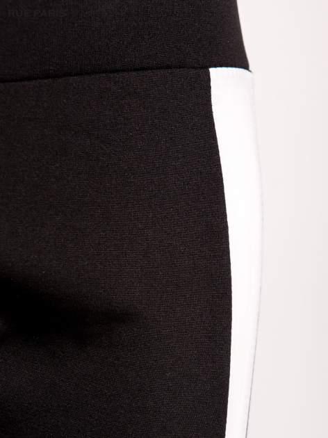 Trójkolorowe legginsy modelujące ultra slim                                  zdj.                                  4
