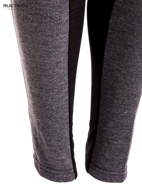 Trójkolorowe legginsy modelujące ultra slim                                  zdj.                                  5