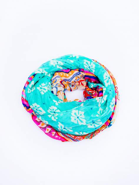 Turkusowa chusta we wzór patchworkowy                                  zdj.                                  2
