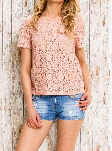 VERO MODA Różowy ażurowy t-shirt                                  zdj.                                  1