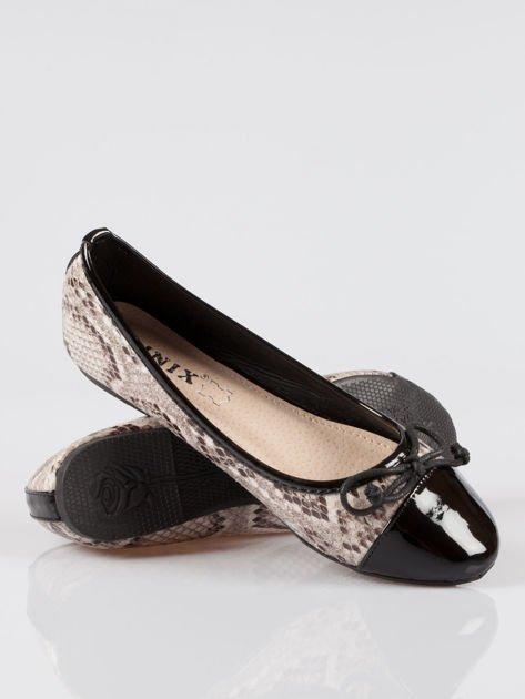 Wężowe baleriny animal pattern z czarnym lakierowanym czubkiem beżowe                                  zdj.                                  4
