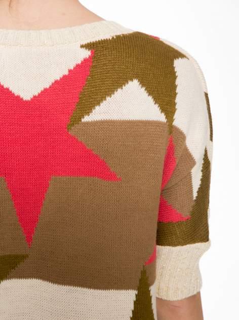Wielokolorowy sweter z nadrukiem gwiazd                                  zdj.                                  7