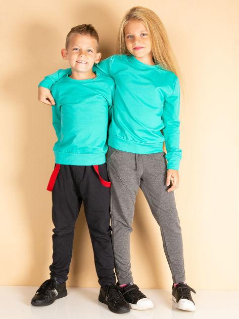 Zielona bluza młodzieżowa