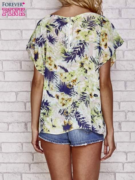 Zielona bluzka koszulowa z motywem exotic print                                  zdj.                                  3
