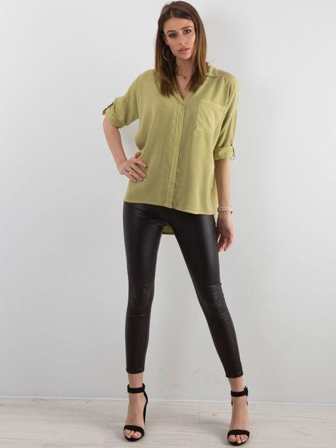 Zielona bluzka oversize z kieszenią                              zdj.                              4