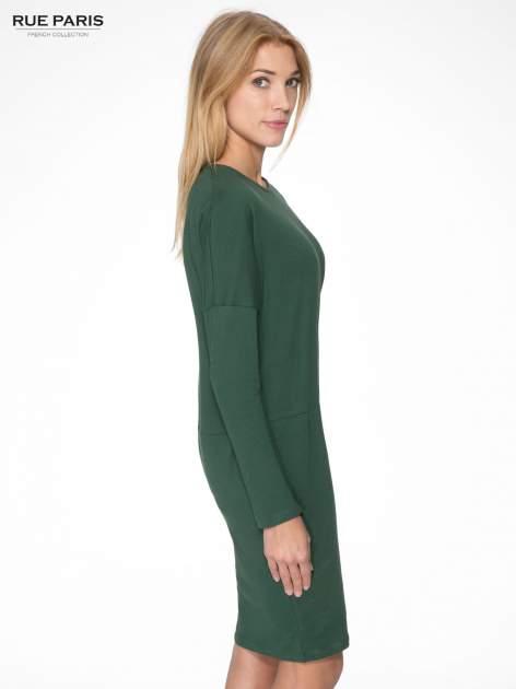Zielona dresowa sukienka z nietoperzowymi rękawami                                  zdj.                                  3