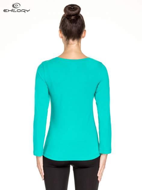 Zielona gładka bluzka sportowa z dekoltem U PLUS SIZE                                  zdj.                                  4