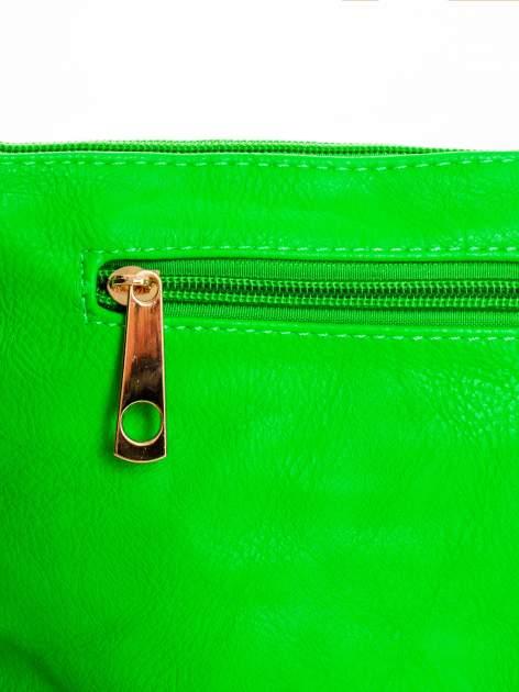 Zielona kopertówka z dżetami motyw ust                                  zdj.                                  5